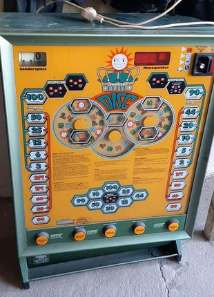 Раритетный игровой автомат