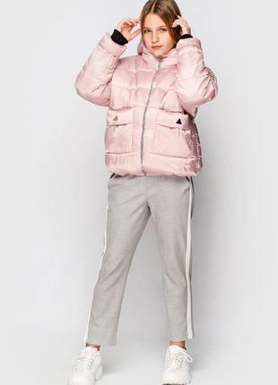 Куртка демисезонная для девочек подростков.