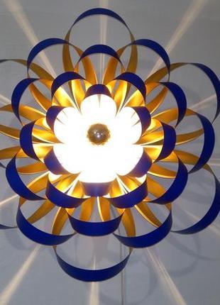 Интерьерный дизайнерский настенный светильник Георгина ультрамари