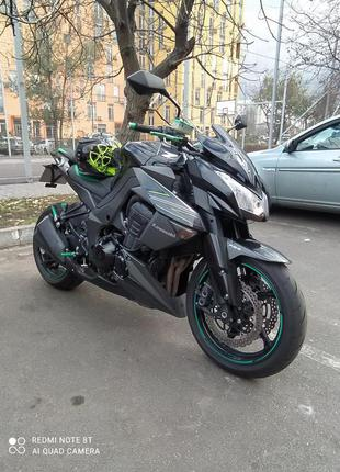 Kawasaki Z1000 ABS 9000$ до 31.12.20 без торга.