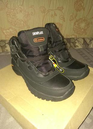 Женские зимние ботинки, кроссовки на меху restime