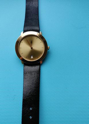 Новые швейцарские часы W422560