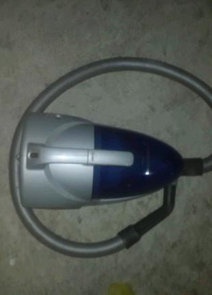 Пылесос Panasonic с фильтром без мешка
