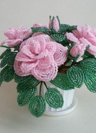 Чайная роза из бисера (розовая)