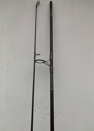 Карповые удилища Daiwa Black Widow Spod 13ft. 5lb и Marker 12ft.