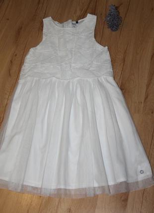 Красивое платье ,на 10-11 лет.
