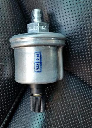 Датчик давления  VDO 360-004