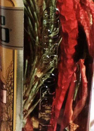Оливковое масло со специями и травами. Италия.