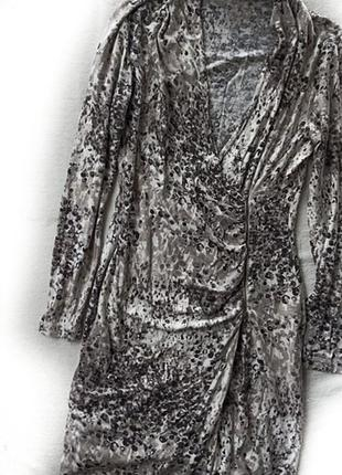 Лёгкое стрейчевое вязанное платье