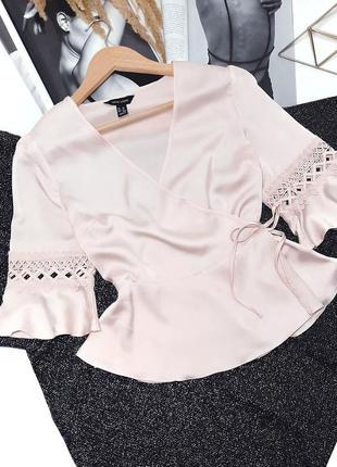 Нежная блуза на запах кружево new look