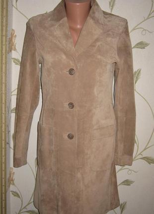Замшевое пальто-тренч h&m на пуговицах