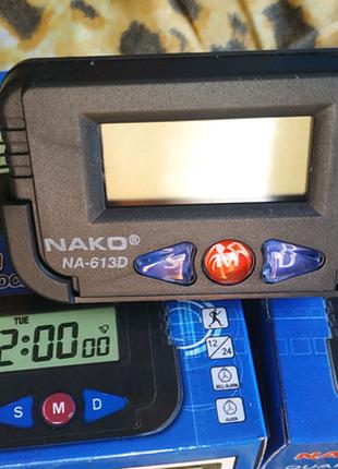 Часы электронные с секундомером