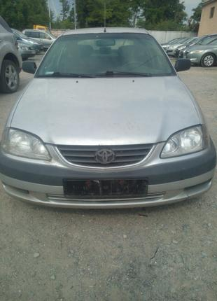 Toyota Avensis T22