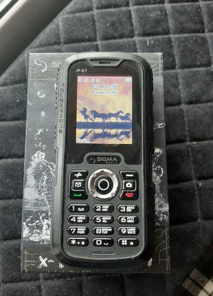 Продам неубиваемый телефон SIGMA X-Treme IP 67 DUAL SIM