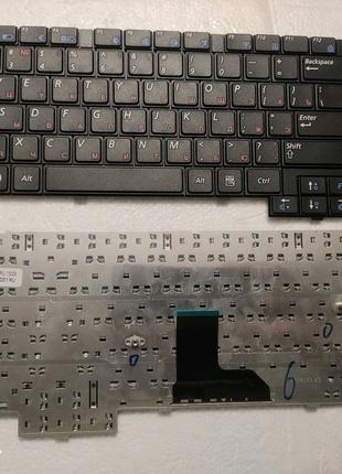 Клавиатура для ноутбука Samsung P580 SA31 E352 черная новая