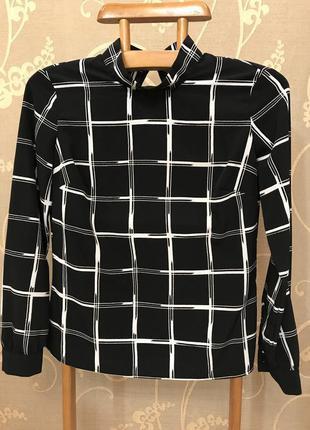 Нереально красивая и стильная брендовая блузка в клетку.