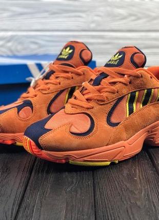 Мужские оранжевые кроссовки adidas yung 1