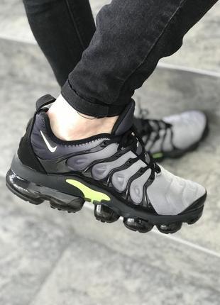 Серые мужские кроссовки nike air plus tn