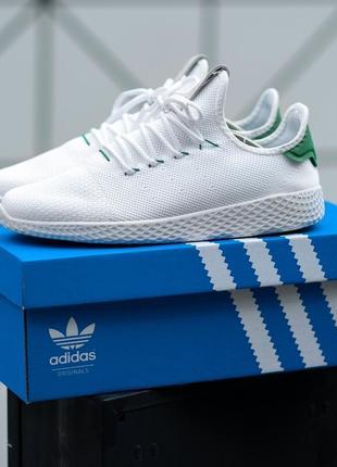Мужские белые кроссовки с зеленой пяткой adidas pharrell williams