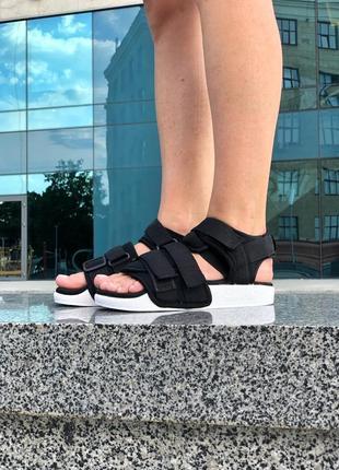 Женские черные сандалии босоножки adidas adelette