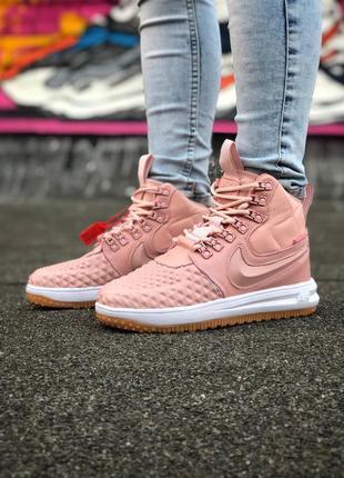 Розовые женские демисезонные ботинки nike duckboot