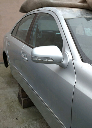 Разборка Mercedes Benz w 211