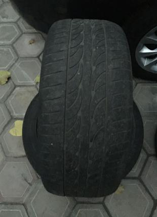 Uniroyal Tiger Paw GTZ All Season 2 Performance Tire 235/50R17