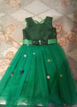 Платье елочки р.110-116 обруч и браслет