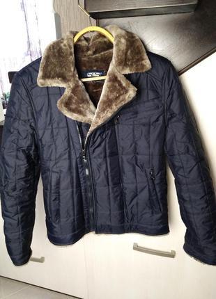 Куртка на меху.
