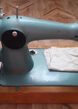 Швейная машинка UNION (СССР)