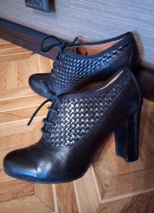 Стильные женские туфли,размер 36