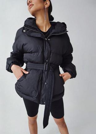 Куртка чёрная оверсайз с ремнем