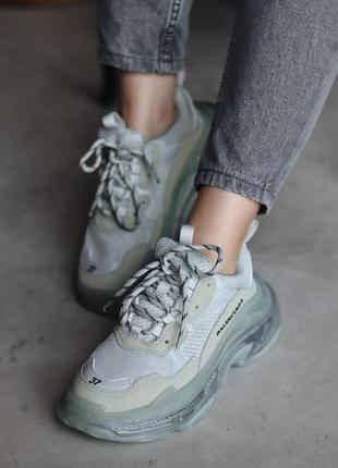 Модные женские кроссовки баленсиага
