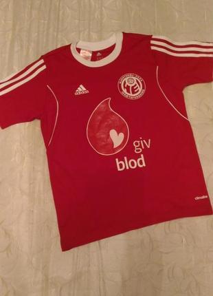 Спортивная футболка adidas красного цвета, т.12