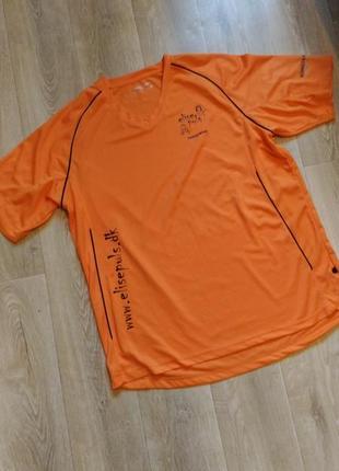 Спортивная футболка оранжевого цвета, р.52-54