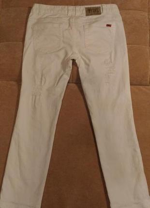 Рваные, белые джинсы object,  р.10-12