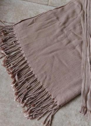 Кашемировый шарф пудрового, бежевого цвета