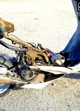 Ремонт двигунів від мопеда і скутера