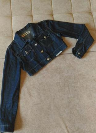 Джинсовая куртка укороченная, р.s