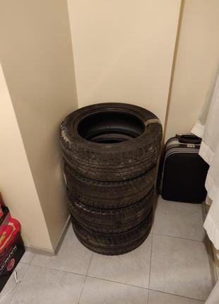 Комплект зимових шин (Michelin та Graspic)