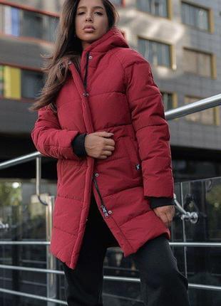 Красная женская куртка staff зима, пуховик