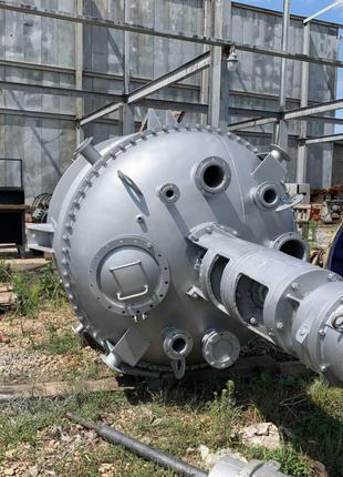 Реактор из нержавеющей стали 6,3м3. Реактор из нержавейки