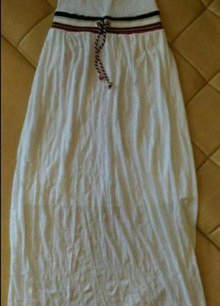 Белое, лёгкое, летнее платье с открытыми плечами,  р.10-12