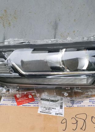 Стекло фары правой Toyota Prado 150 2019
