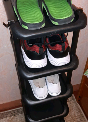 Узкая обувная подставка тумба полка на одну пару обуви пластикова