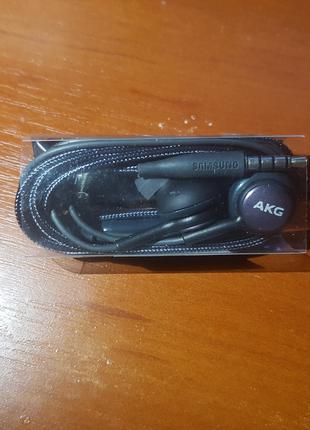 Наушники Samsung AKG IG955