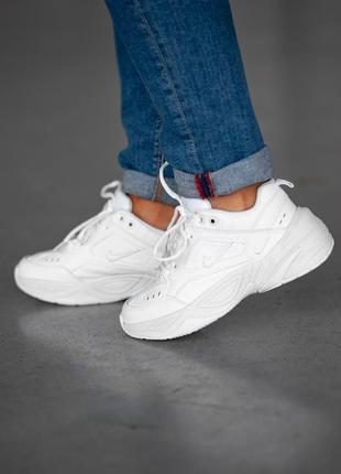 Белые женские кроссовки nike m2k tekno
