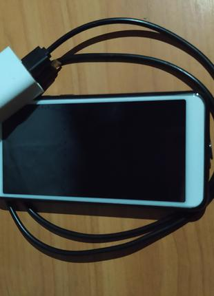 Телефон Xiaomi Redmi S2