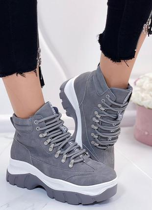 Серые нубуковые ботинки на платформе, серые ботинки на высокой...