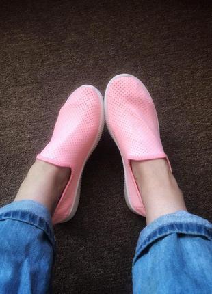 Женские кроссовки-мокасины
